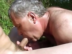 Mighty Men And Tender Twinks Go Wild On Cam! Naughty Boys Very Much Into Bareback Fucking, This Is What They Are Now.