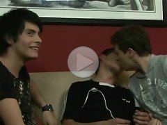 FLASH !!! Young gay buddies kissing in front of an older man