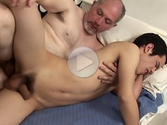 FLASH !!! Sleeping boy got his ass plowed by much older perv